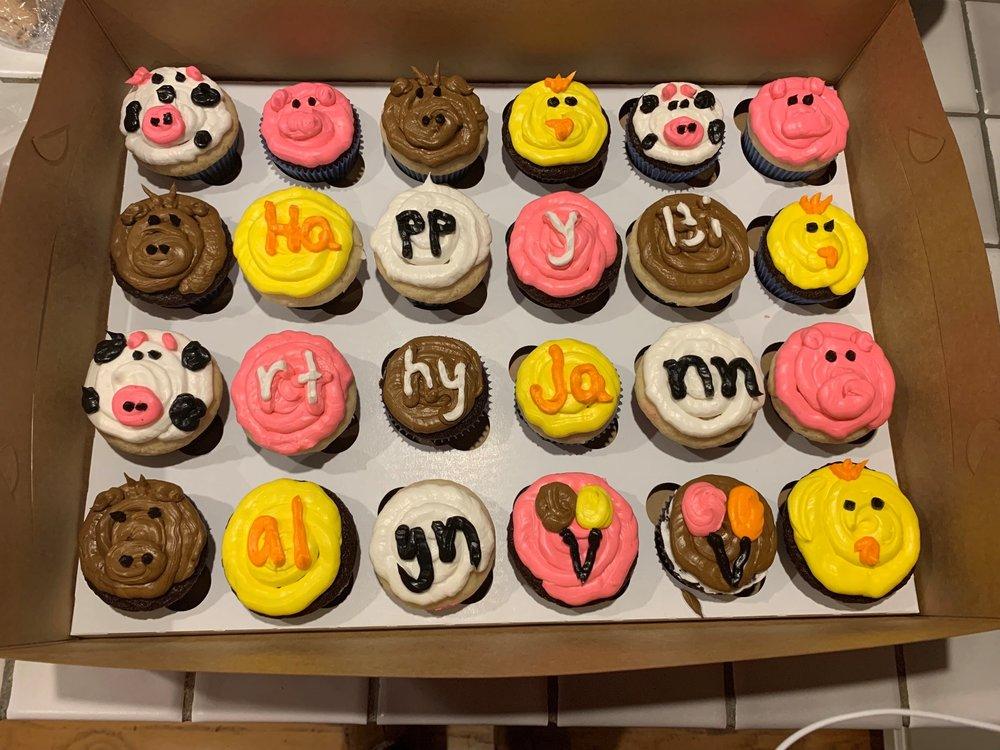 Animal cupcakes.jpg