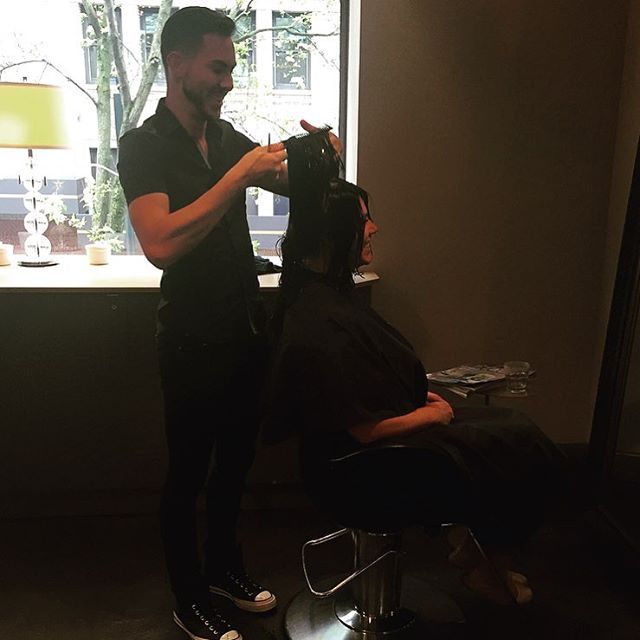 We welcomed an amazing stylist Glen to our salon. He does cuts, color, balayage, and extensions. 👏🏻 #seattlehair #seattlesalon #seattlebalayage #seattlelife #marcotwounionsquare #downtownseattle