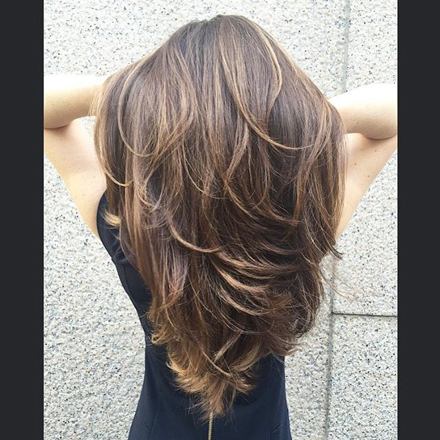 Color and style by @allisonheuer , haircut by @jpauldtown73  #gloriouslyglossy #marcotwounionsquare #seattlehair #balayage #balayagedandpainted #seattlesalon #modernsalon #cosmoprofbeauty #oribe #behindthechair #longhair #brunette #brunettehair #downtownseattle #seattlelife