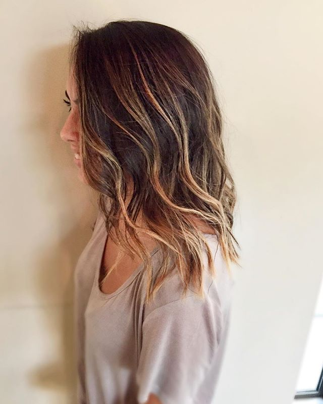 Gorgeous Balayage by Becca ☀️appointment info in bio . . . . . . . . . . . . . . . . . . . . . #angelofblonde #americansalon #behindthechair #oribeobsessed #balayage #seattlehair #seattlesalon #seattlebalayage #seattleblonde #seattleblowout #seattle #marcotwounionsquare #highlights #seattlehighlights #seattlecolorist #seattlehairstylist #beachwaves #oribe #paintedhair