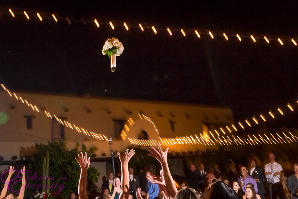 Boquet Toss Tucson Arizona Wedding Photographer.jpg