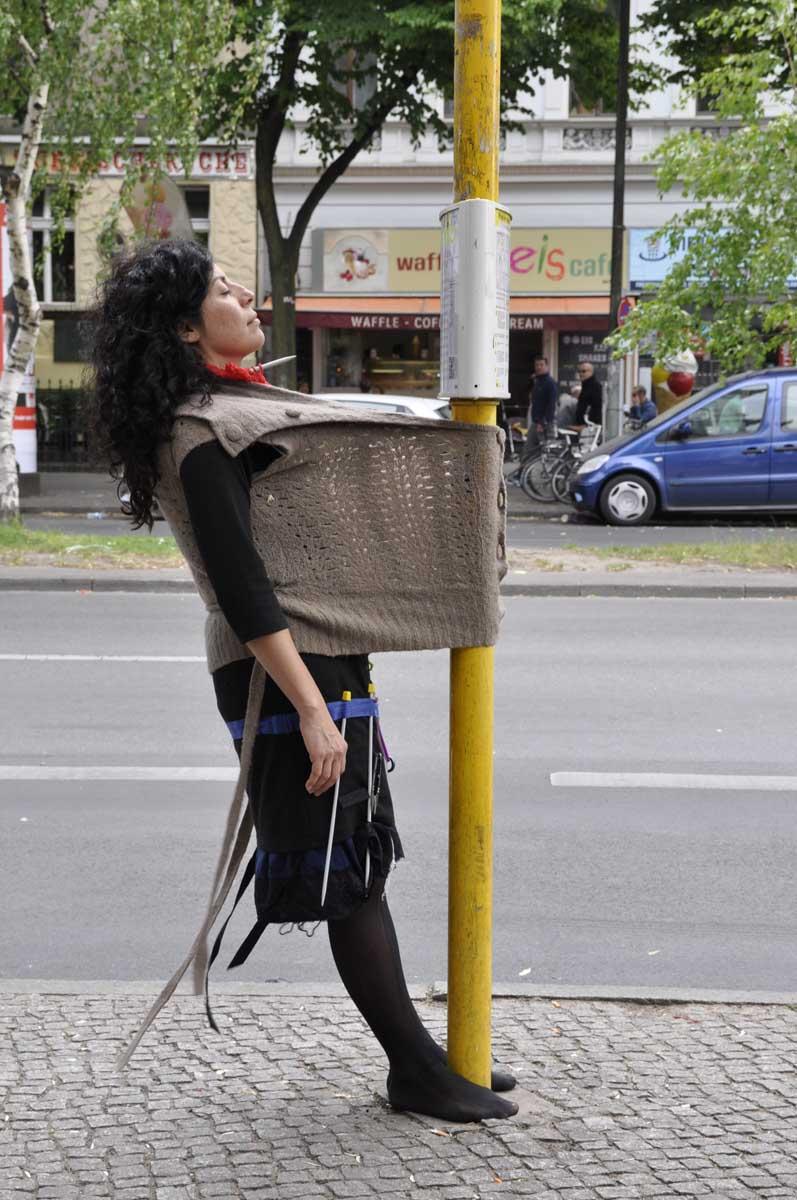 Interactive Performance by: Karina Villavicencio, Lady Gaby and Adi Liraz  Berlin,May 2015  Photo by: Carolina Boetner