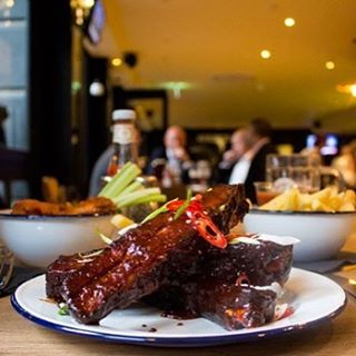 It's our favourite day of the #week It's #friday come and have some ribs and an ice cold #craftbeer