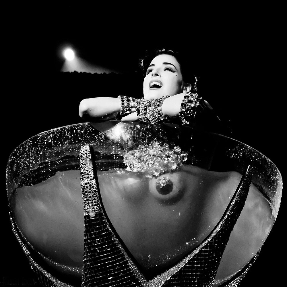 Dita in glass