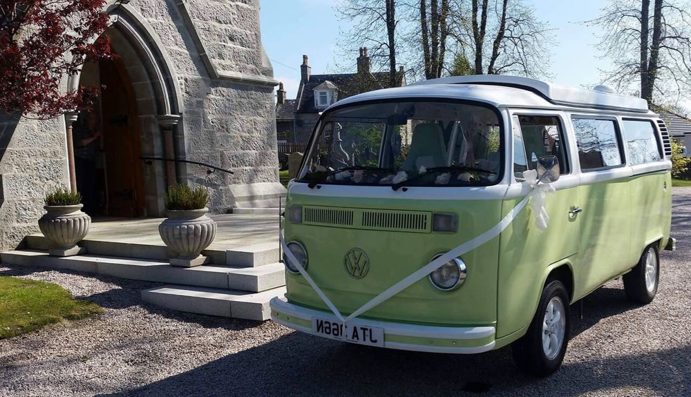 VW-camper-wedding-car-moomin-11.jpg