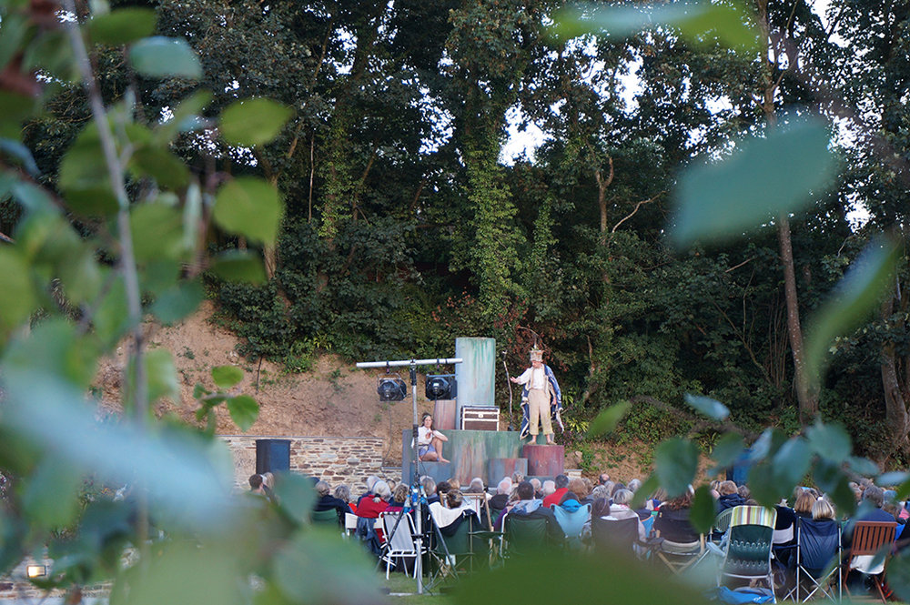 Outdoor open air theatre The Tempest by Miracle Theatre at Pengenna Manor event venue in Cornwall 01.jpg