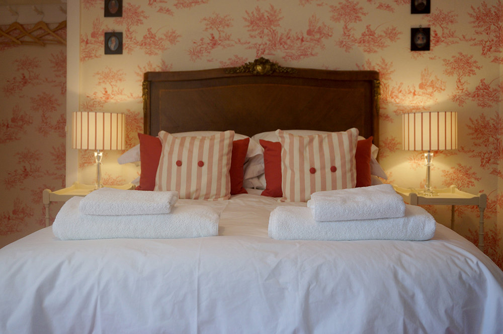 Luxury accommodation at wedding venue Pengenna Manor in Cornwall pink bedroom 04.jpg