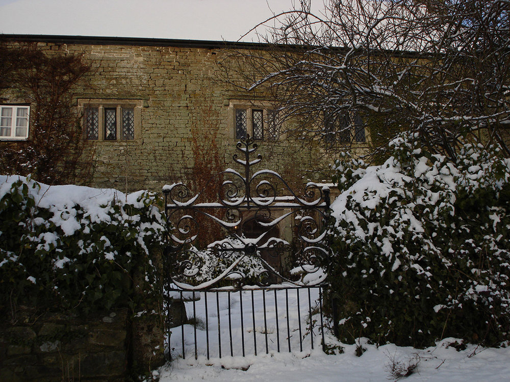 Private wedding venue Pengenna Manor in Cornwall in the snow.jpg