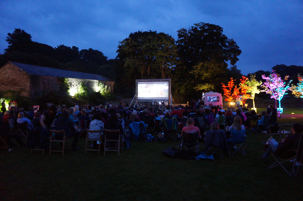 outdoor cinema night at Pengenna Manor.jpg
