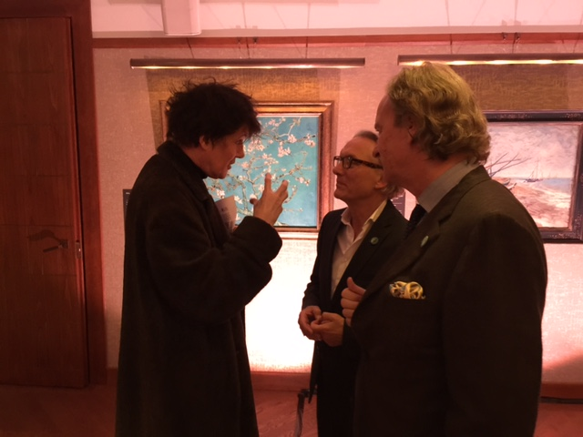 Simon Gargette, Mr Vincent Willem van Gogh and Van Eck
