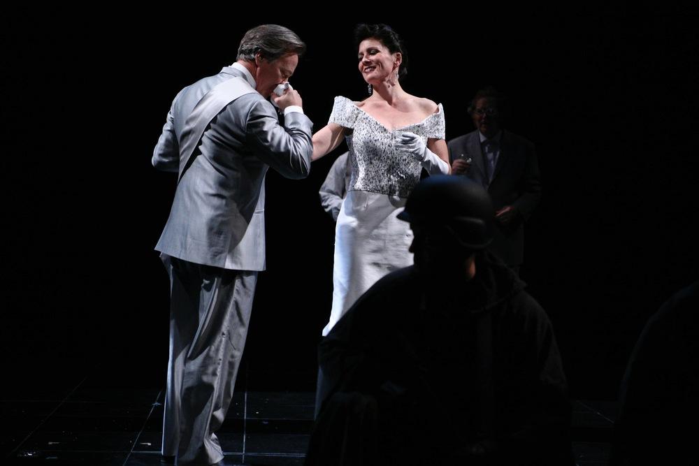 Claudius kisses Gert_3.jpg