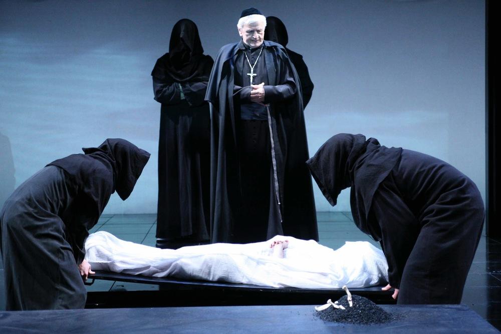 funeral_2.jpg