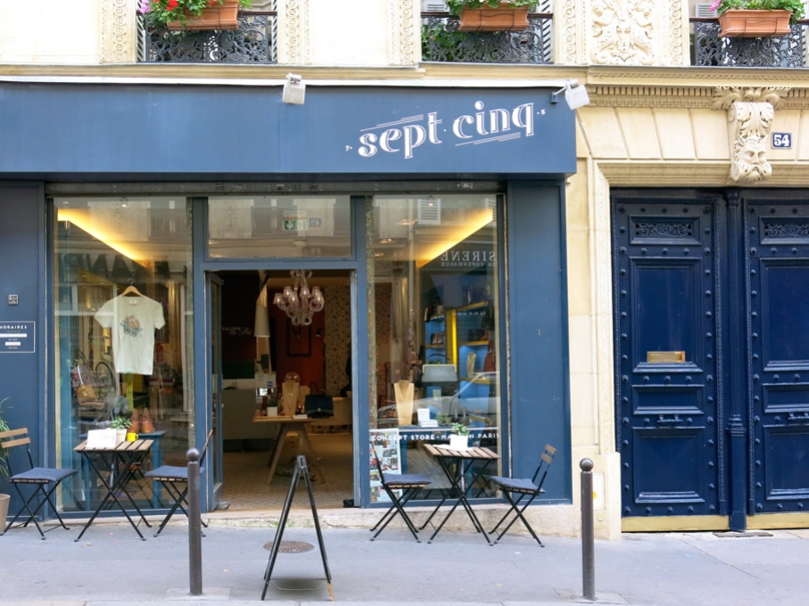 SEPT CINQ - 54 rue Notre-Dame de Lorette - Paris 9e
