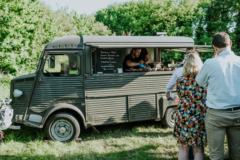 Buffalo Joe's chicken in a van, in all his glory! 📷  Daniel Ackerley Photography
