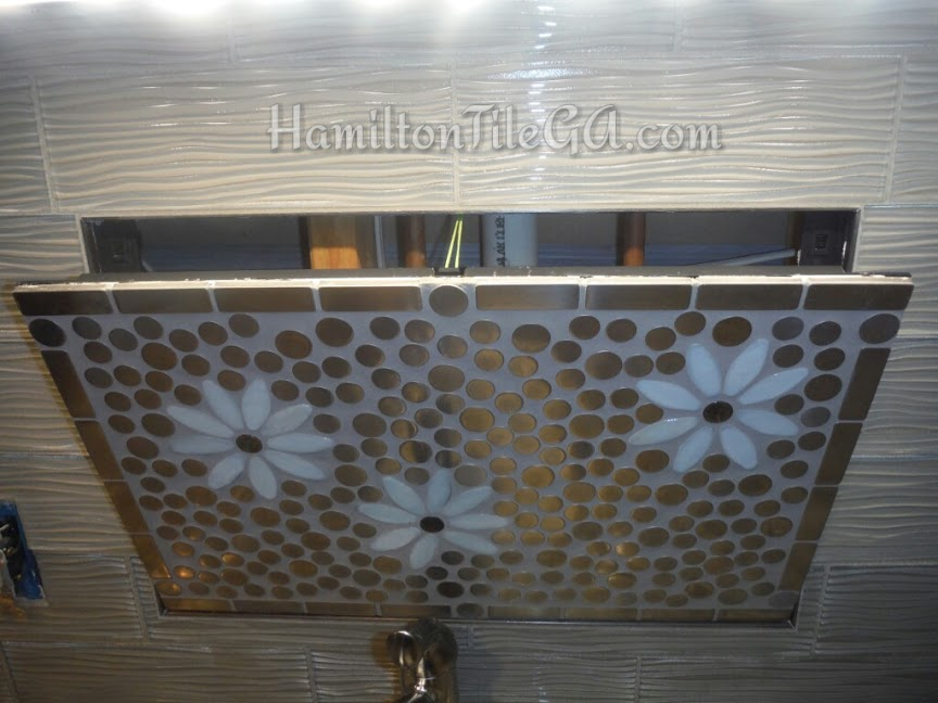 Yes, you can remove this backsplash and change the whole theme of your kitchen!    Look at this video explanation of this outstanding option for your kitchen!
