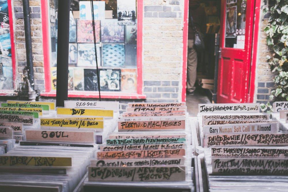 Silent Music: the Renaissance of Vinyl
