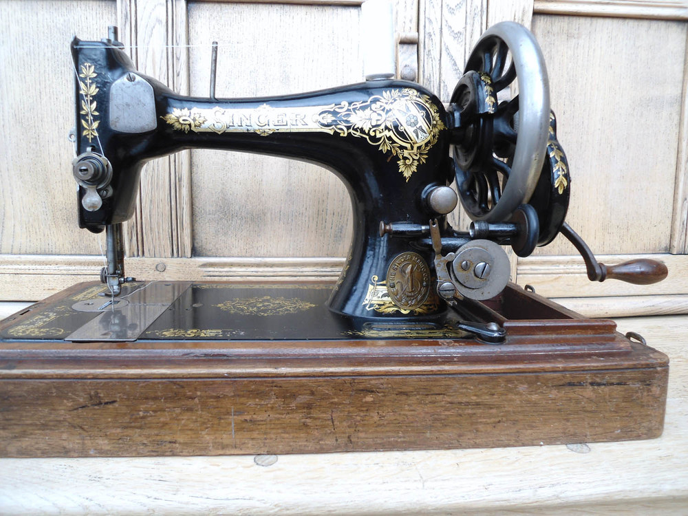Singer 28 k. Hand cranked sewing machine from Helen Poremba's studio