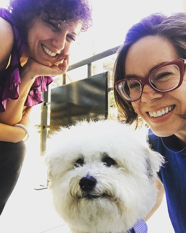 Team dOGUMENTA got the inside scoop on LA's best 💯 #artwalls from Culture Hound extraordinaire @watsonandwalls 🐕🐾 Thanks, Watson! We loved ❤️ meeting you. #culturehound #dtla #laartsdistrict