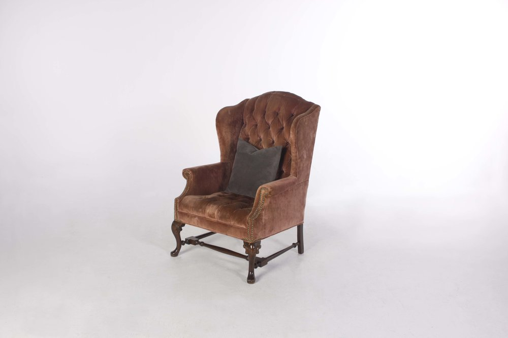 JOHNNY WINGBACK CHAIR