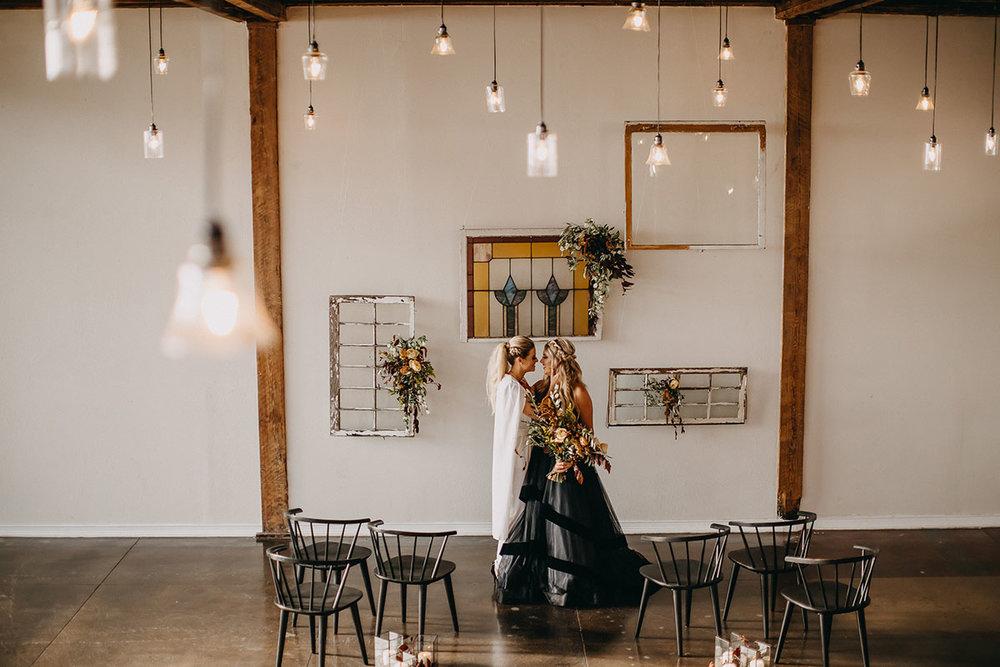 Earthy-winter-wedding-inspiration-rad-red-creative-equally-wed-10.jpg