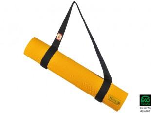 Sangle de tapis 14€   Sangle de transport 100% coton issue de l'agriculture biologique. Pratique pour transporter un tapis de yoga, elle peut être également utilisée comme sangle dans les postures. Le tapis reste maintenu grâce à une bande velcro. Couleurs : écru ou bordeaux