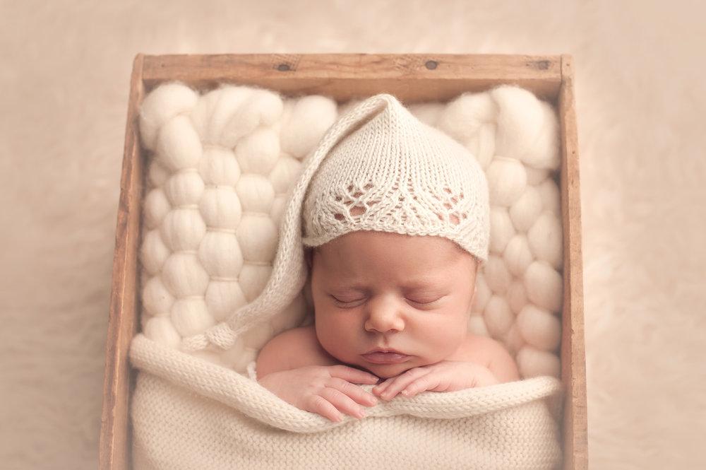 bornarchivalco_newbornphotographer07.jpg