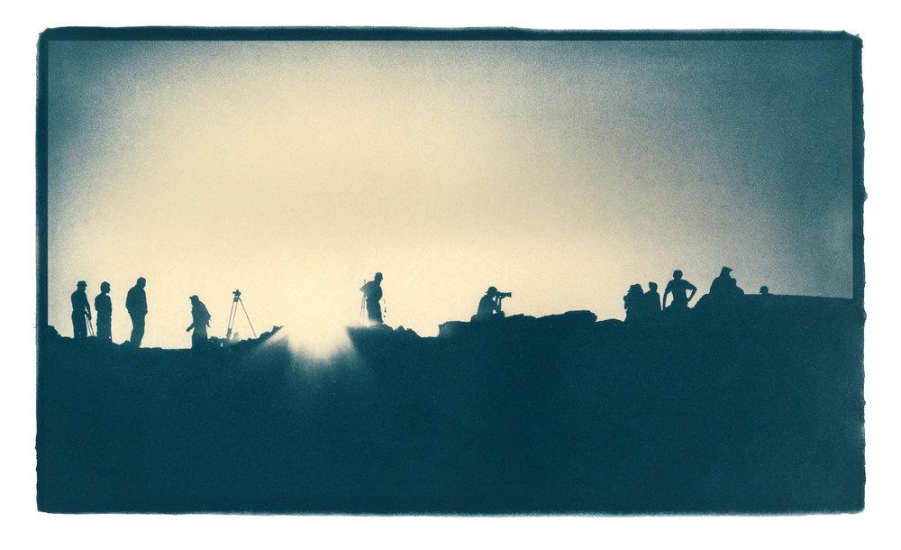 Silhouette B009-Editsm.jpg