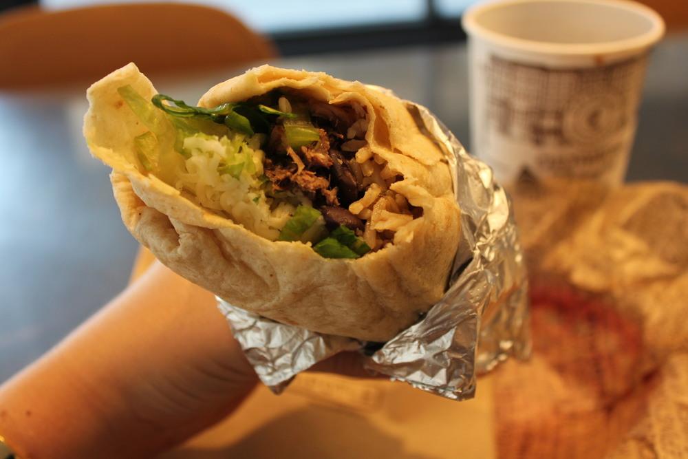 Burrito by Chipotle. Sabor tacatudodentro.