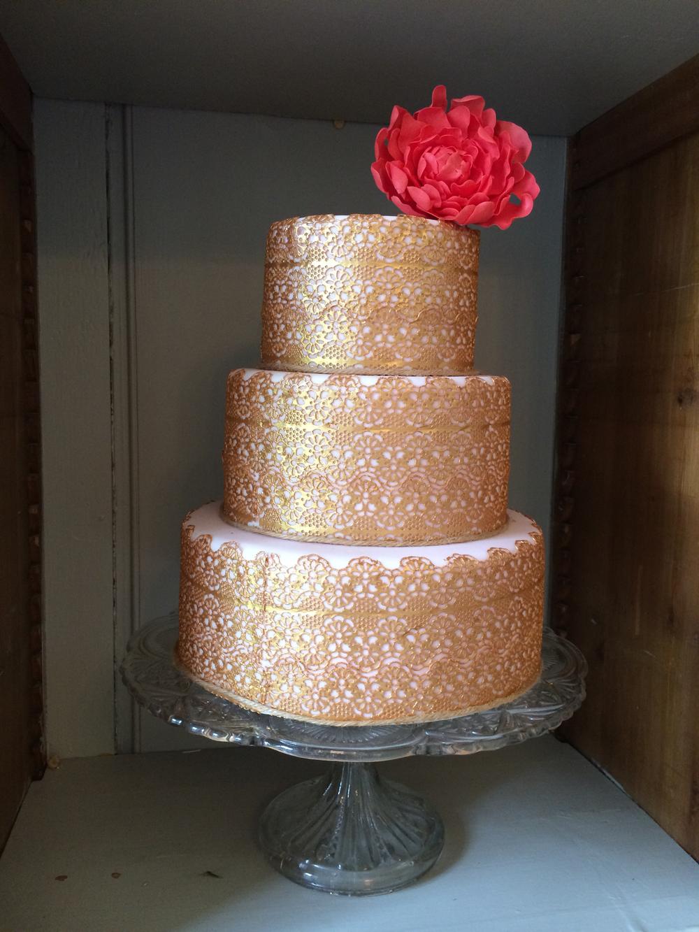 Gold lace peony cake