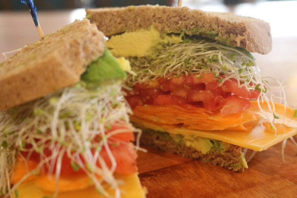 Avacado Sandwich.JPG