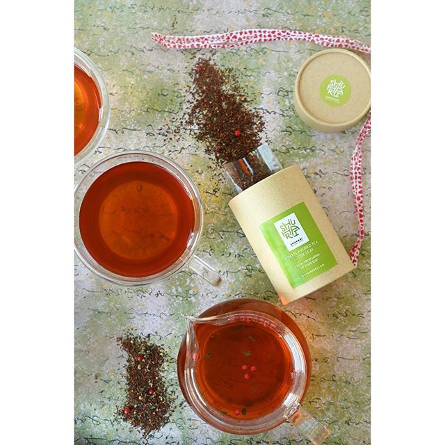 New! Valentine's Day Special 3 in 1 Flavored Tea On sale for 30% off now!  Rose Hibiscus Garden, Yuzu Orange Breeze, & Mint Rooibos Blend all in one set.✨ Read more on our website, link in bio! Don't miss out!