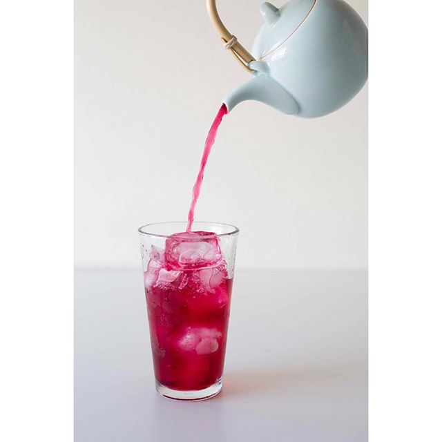 Rejuvenate yourself💗 With our Rose Hibiscus Tea  #shuharimatcha #shuharicafe #flavoredtea