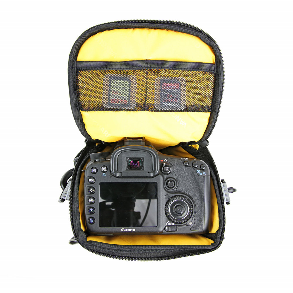 veo-discover-15z-gear-inside-bag.jpg
