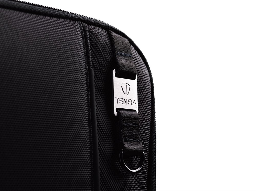 SLEEK, DISCRETE CASE FOR PHOTOGRAPHERS AND FILMMAKERS - Clean lines and a high-end luggage aesthetic with minimal branding ensure a professional look without drawing unwanted attention to the gear inside.