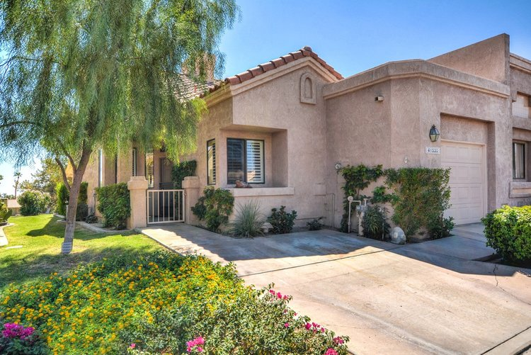 Turnkey, Remodeled Golf Home At Palm Desert Resort, Palm Desert