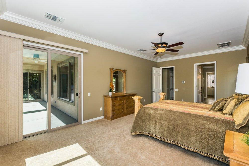 014_Master Bedroom .jpg