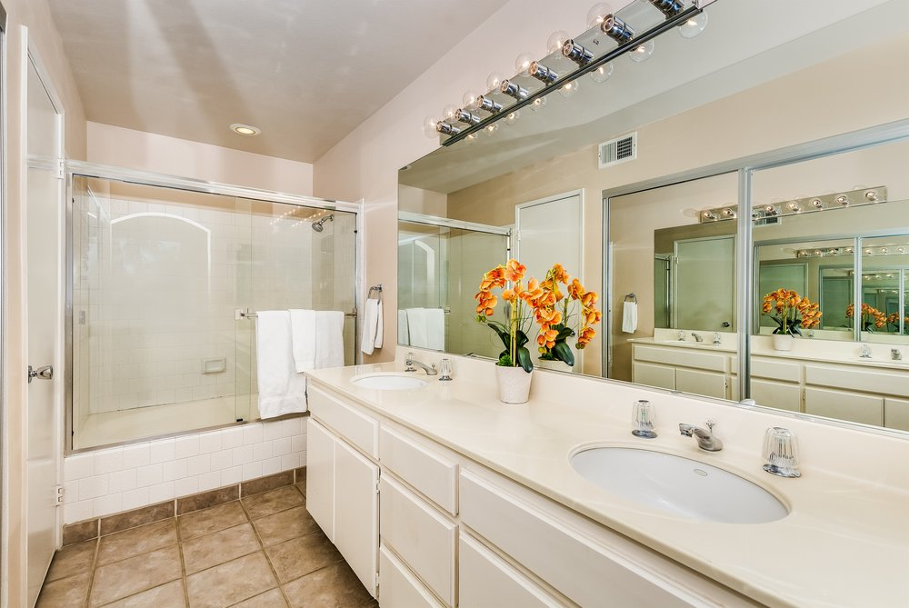 016_Master Bathroom .jpg