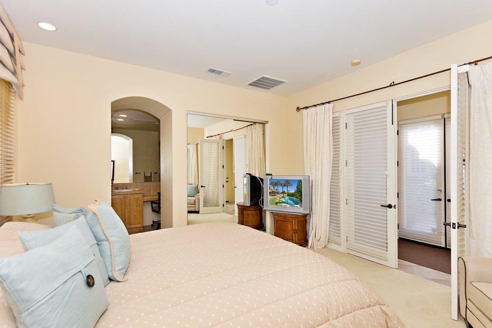 036_Bedroom 2.jpg