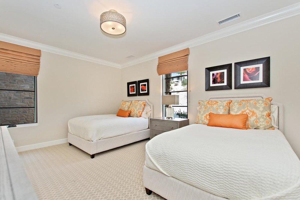 12-Bedroom_1(1).jpg