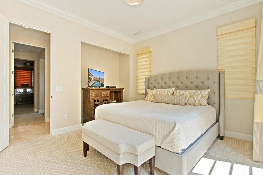 15-Bedroom_2(1).jpg