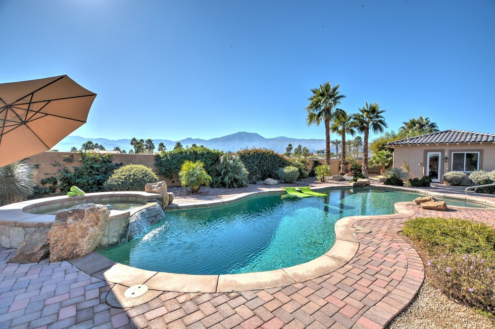 81841 Thoroughbred, La Quinta