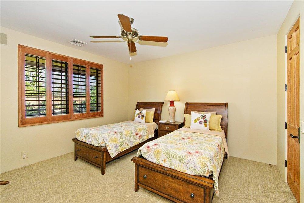28-Bedroom_2.jpg