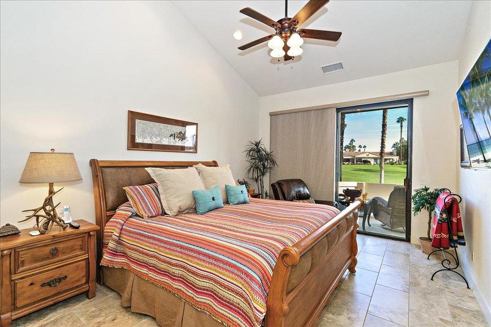 12-Master_Bedroom.jpg