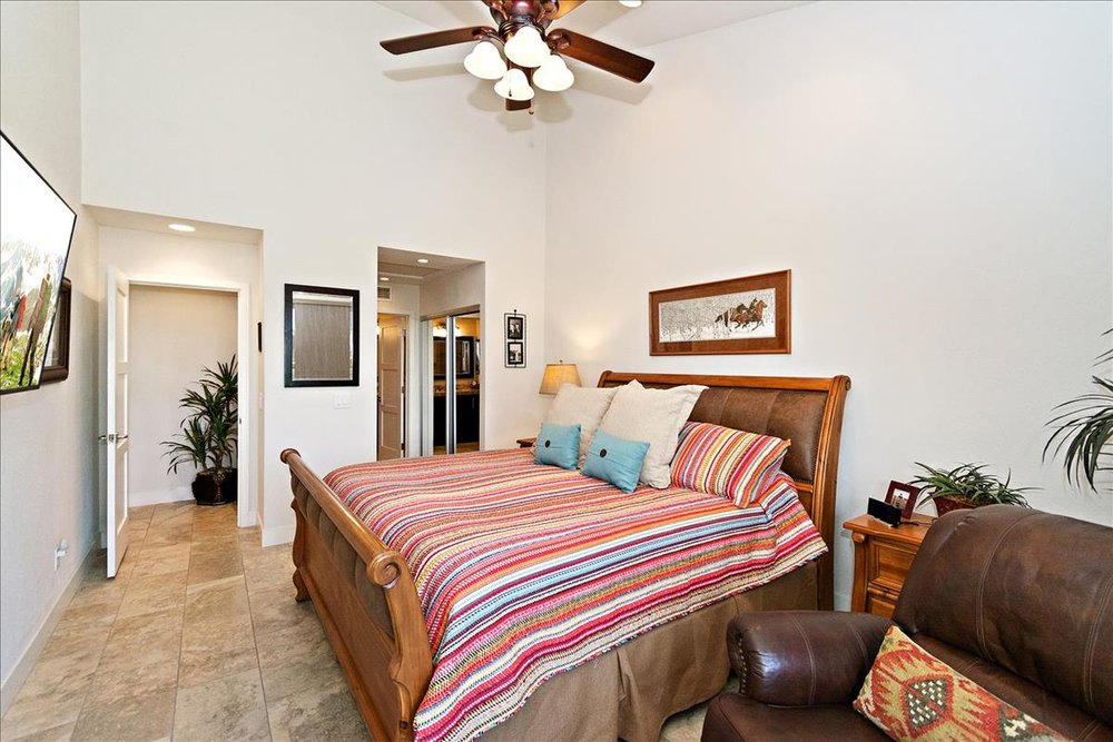 13-Master_Bedroom(1).jpg
