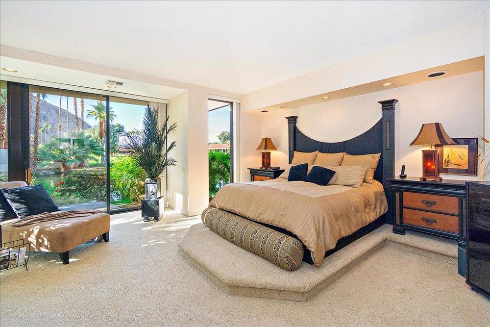 36-Master_Bedroom.jpg