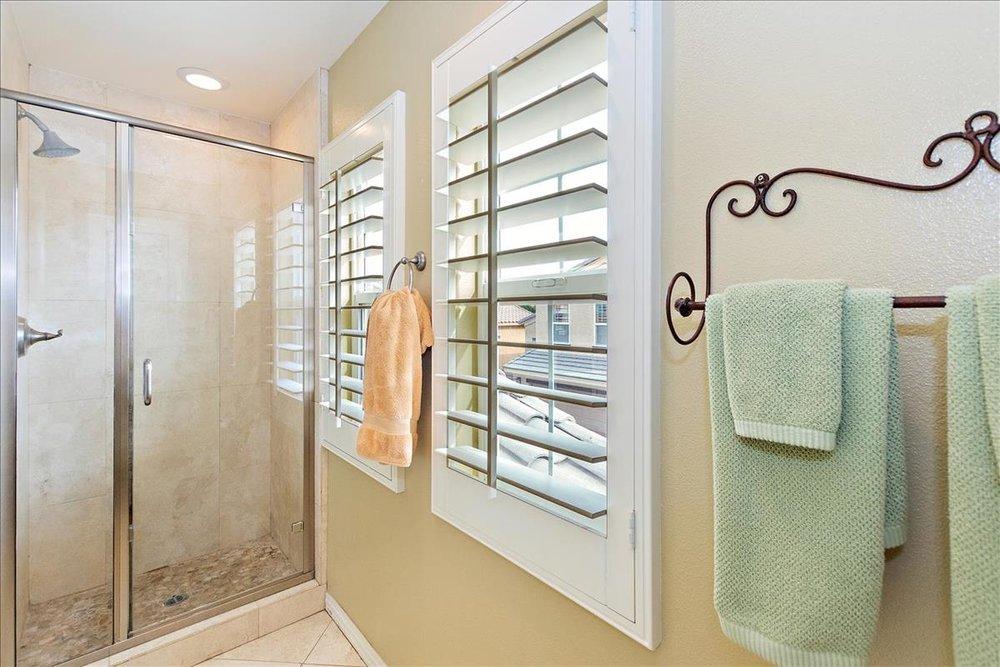 21-Master_Bathroom(1).jpg