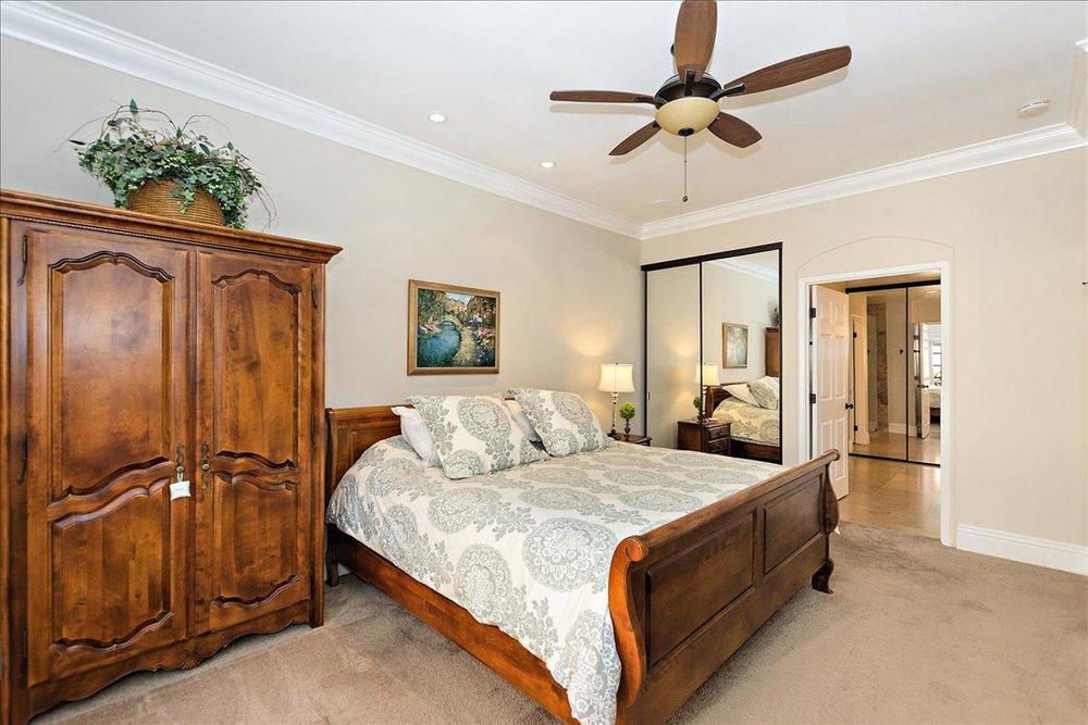 11-Master_Bedroom(1).jpg
