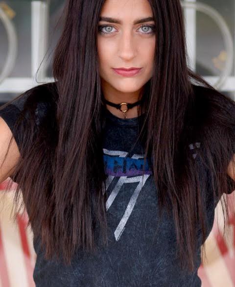 Emma Dejong 12.jpg