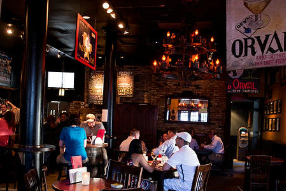 Cozy tavern atmosphere at The Old Monk // Image via 10best.com