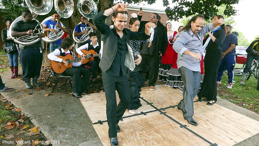flamencooutside150419jpg_26811023296_o.jpg